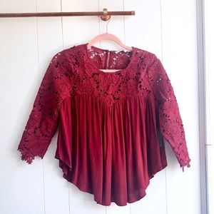 NWT Lovers + Friends Dreamland Lace Top